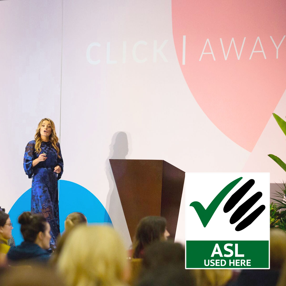 Jasmine Star speaking at Click Away Conference for photographers